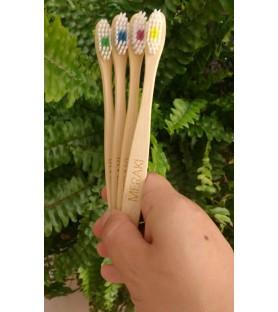 Cepillo de dientes de bambú Meraki SUAVE